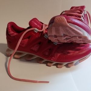 Vintage Adidas's springblade size  US 7.5